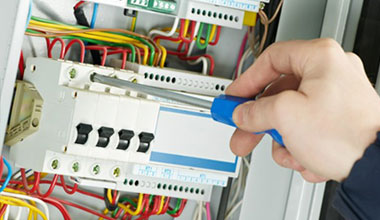 Commercial/Industrial Electricians